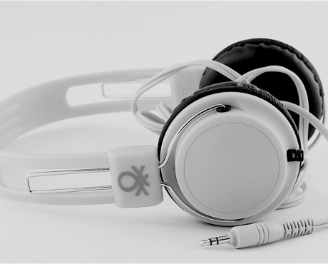 Use your head – United Colors of Benetton Headphones
